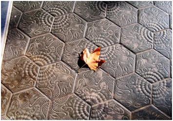 Hydraulic mosaics